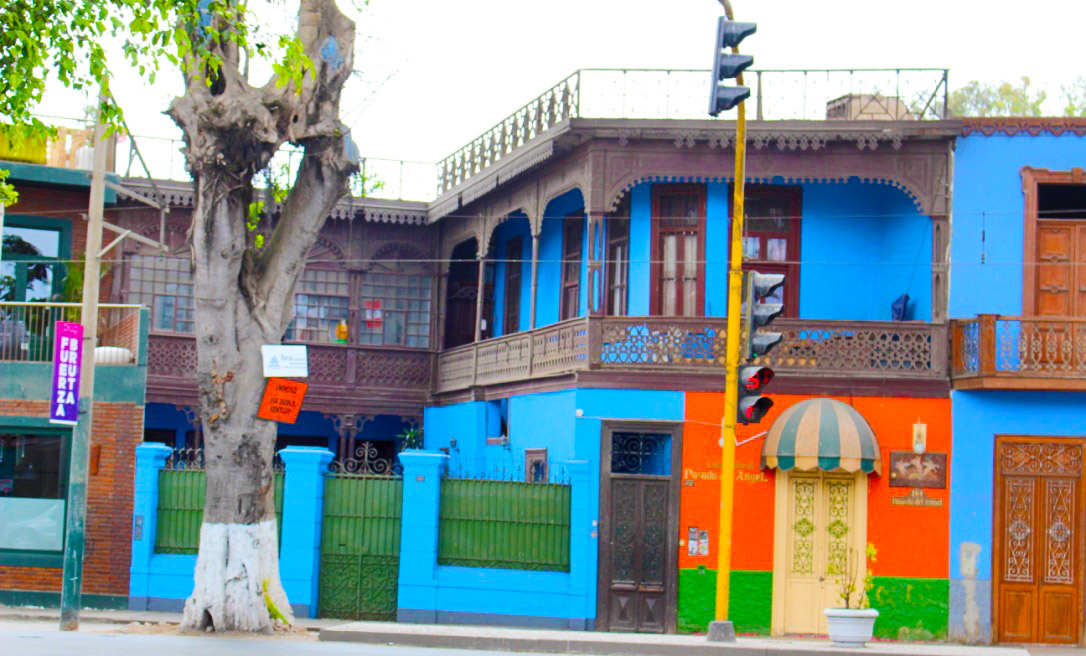 Barranco Blue Building