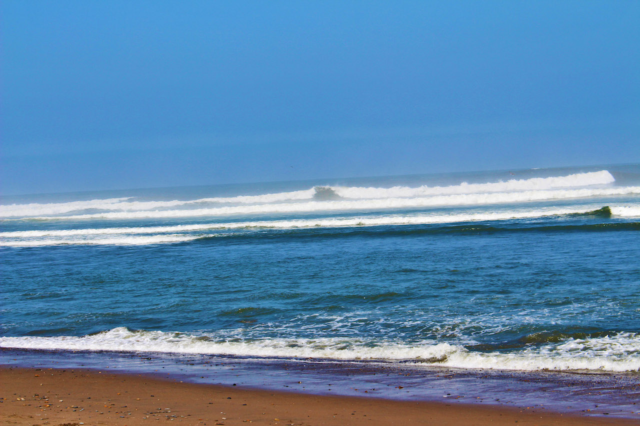 Huanchaco Waves